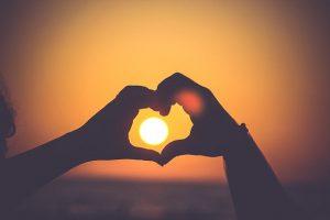 יותר טוב בשניים: האתר TextHer יכול לעזור לגברים למצוא זוגיות בריאה